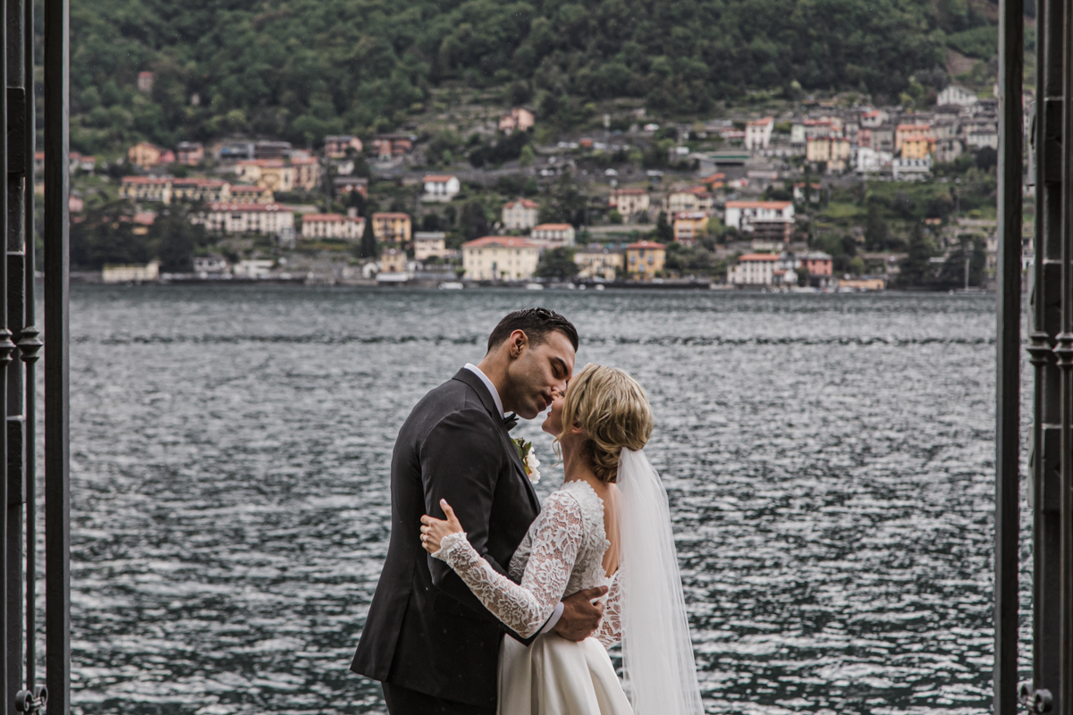 wedding photographer in villa lario lake of como