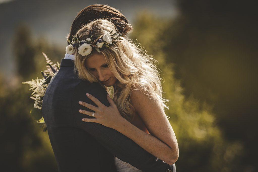emotional wedding in villa podernovo siena