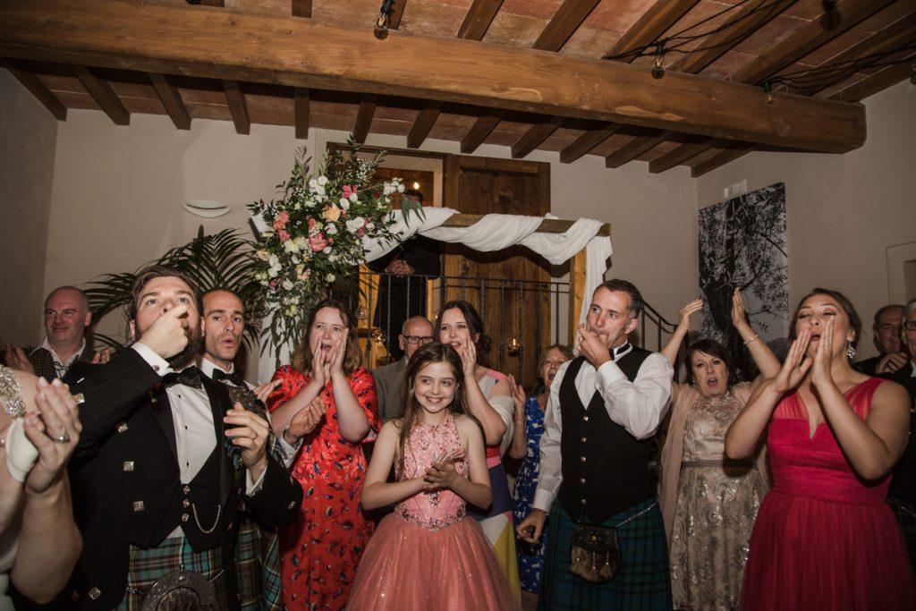 emotional wedding photographer in borgo i vicelli florence