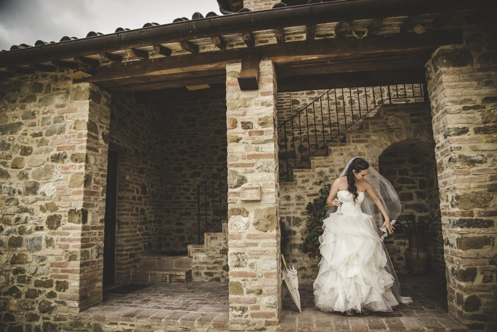 chris-and-christine-wedding-day-at-casa-cornacchi-tuscany_12