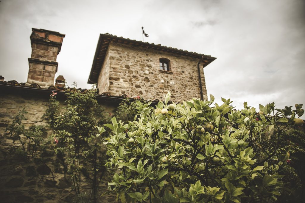 chris-and-christine-wedding-day-at-casa-cornacchi-tuscany_16