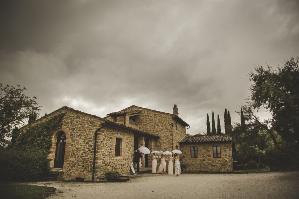 chris-and-christine-wedding-day-at-casa-cornacchi-tuscany_19