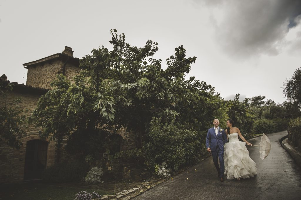 chris-and-christine-wedding-day-at-casa-cornacchi-tuscany_23