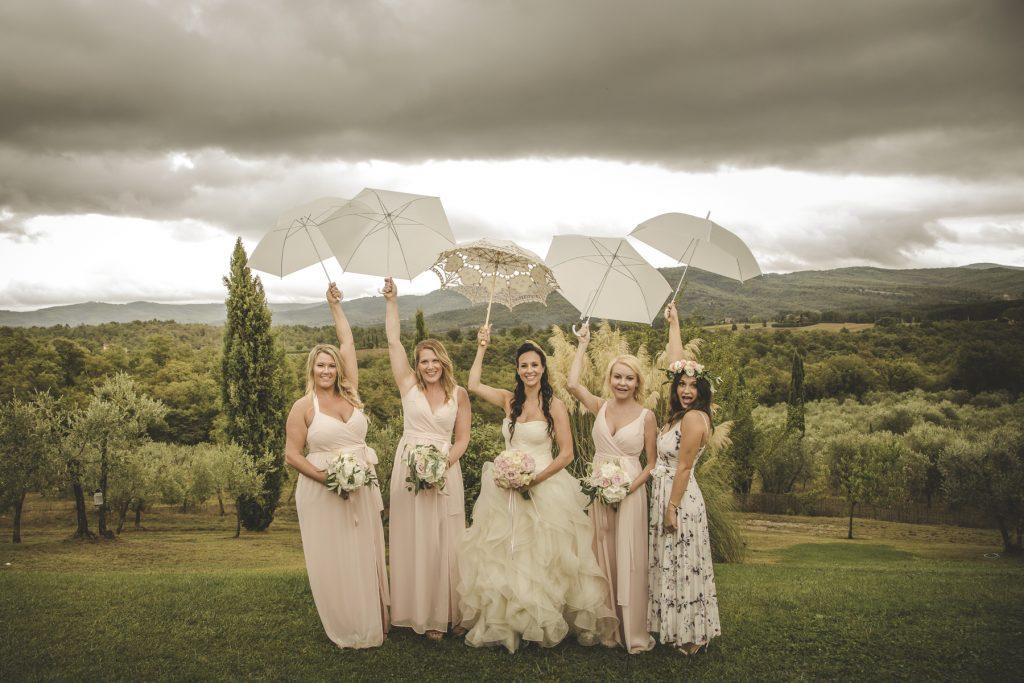 chris-and-christine-wedding-day-at-casa-cornacchi-tuscany_24