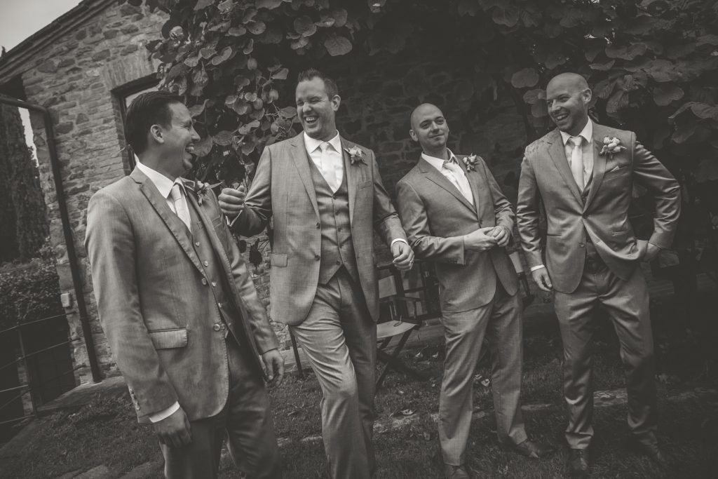 chris-and-christine-wedding-day-at-casa-cornacchi-tuscany_28