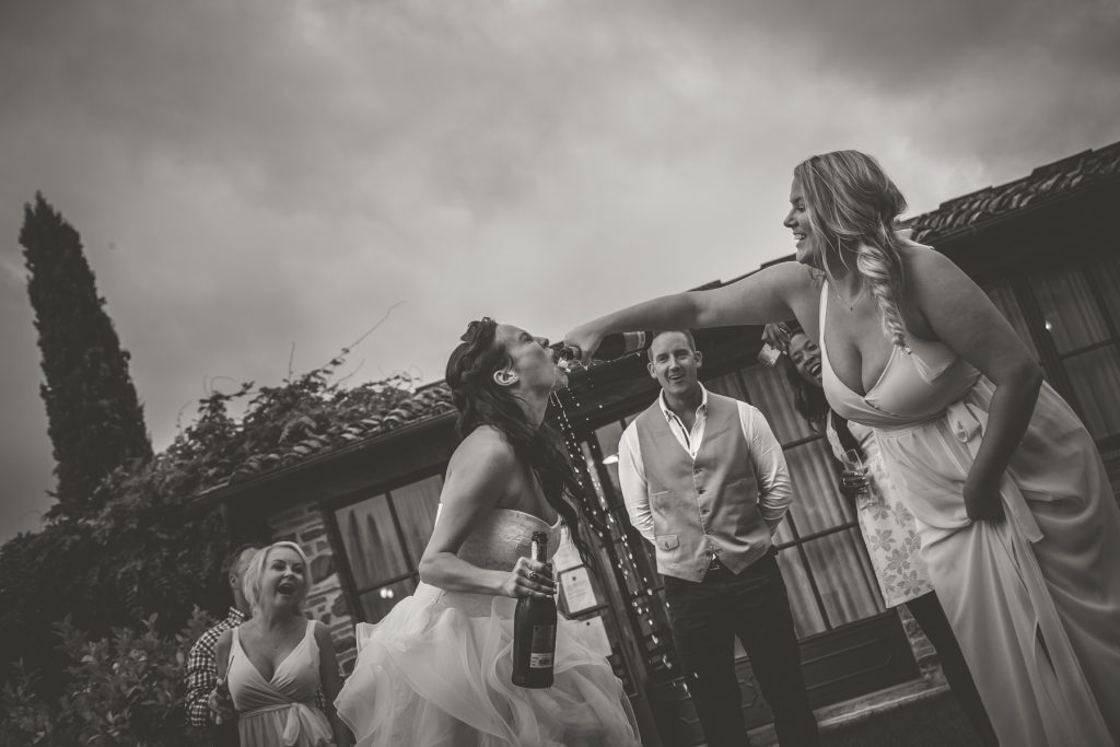 chris-and-christine-wedding-day-at-casa-cornacchi-tuscany_30