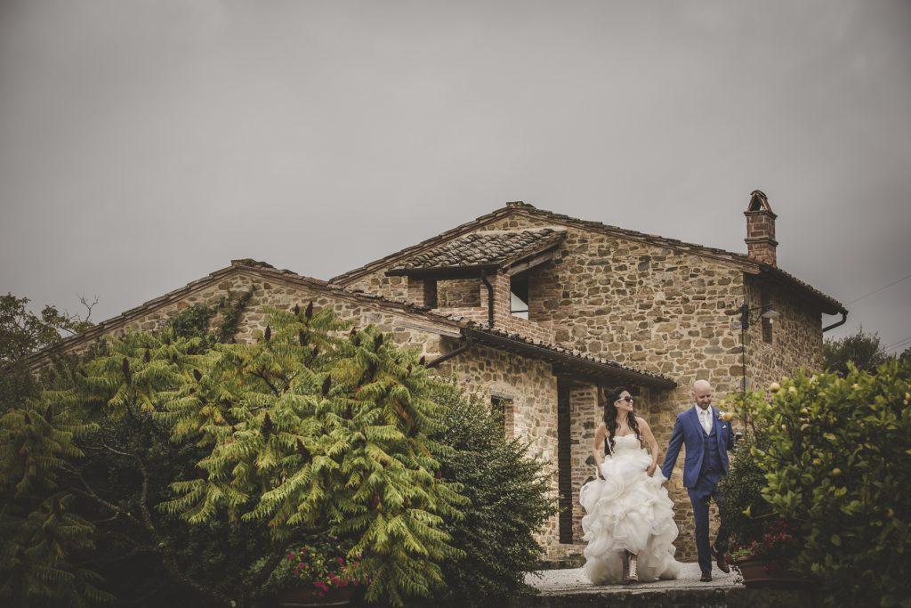 chris-and-christine-wedding-day-at-casa-cornacchi-tuscany_43