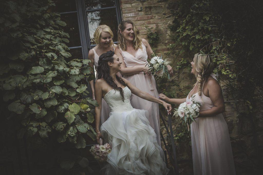 chris-and-christine-wedding-day-at-casa-cornacchi-tuscany_45