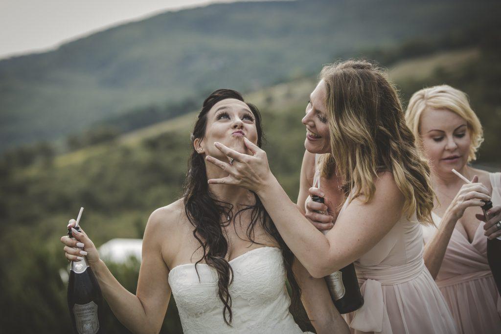 chris-and-christine-wedding-day-at-casa-cornacchi-tuscany_48