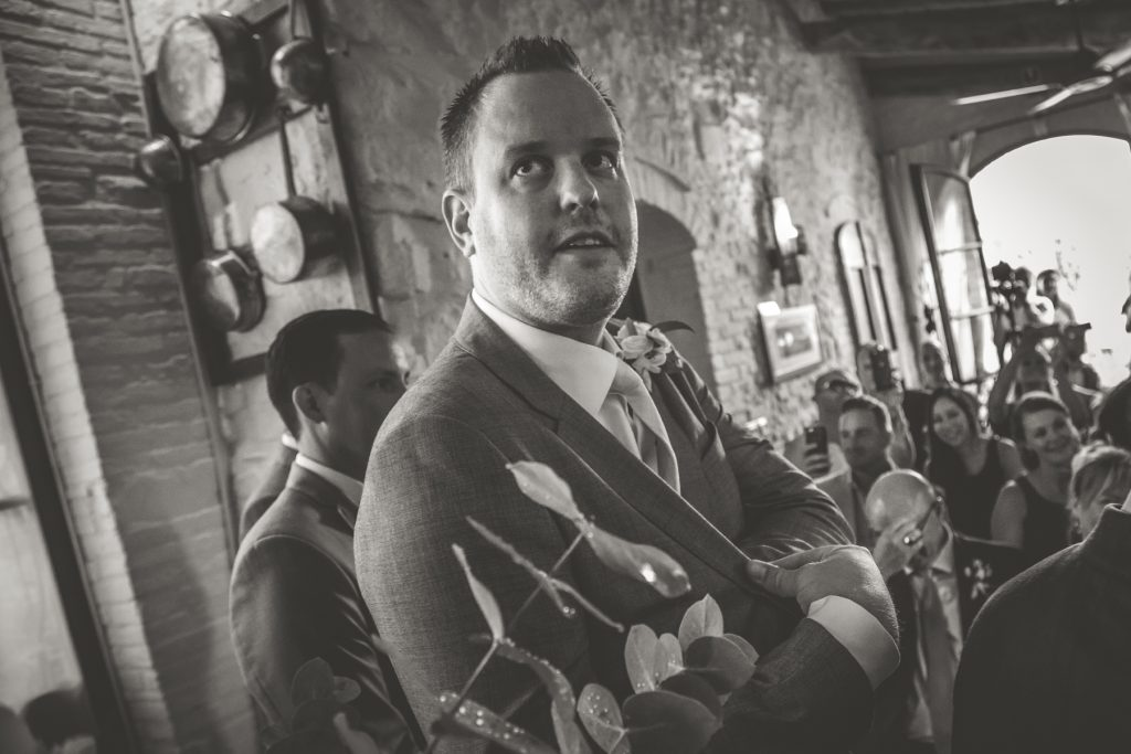 chris-and-christine-wedding-day-at-casa-cornacchi-tuscany_63
