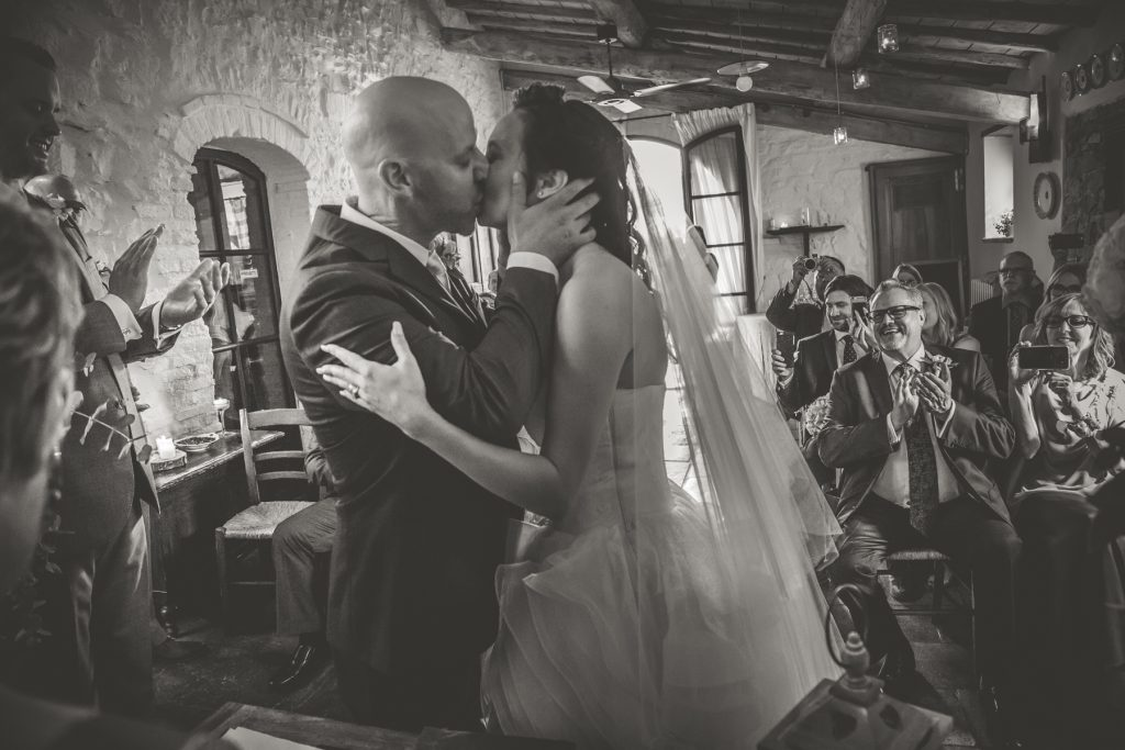 chris-and-christine-wedding-day-at-casa-cornacchi-tuscany_65