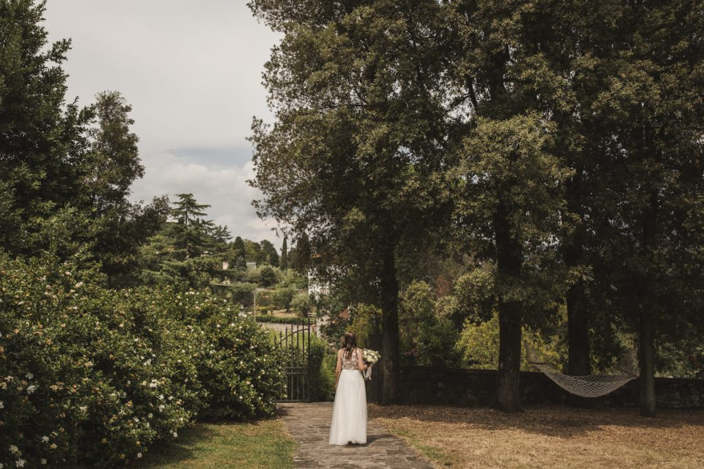 bride photo shoot in villa sermolli pistoia