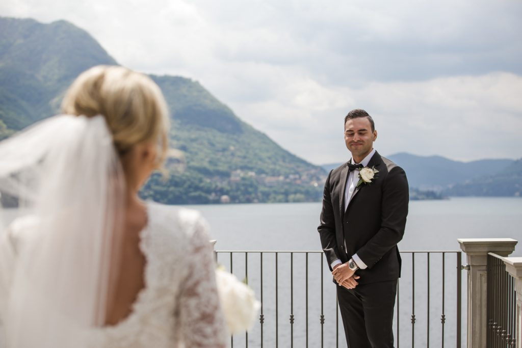photographer in villa lario lake of como
